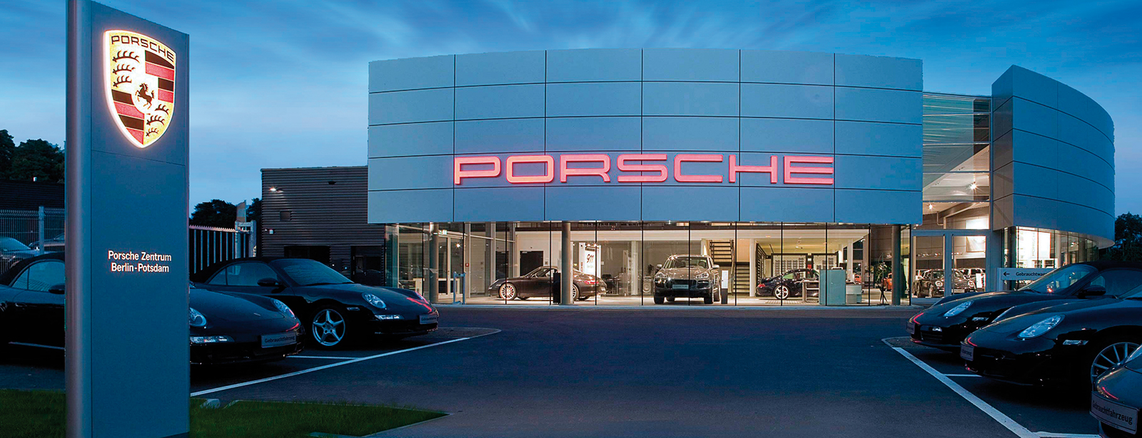 porsche zentrum berlin potsdam herzlich willkommen. Black Bedroom Furniture Sets. Home Design Ideas